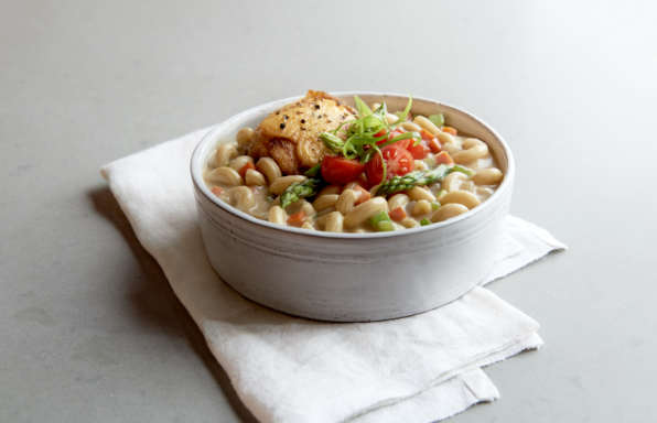 Stouffers White Cheddar Mac and Cheese - Spring Chicken and White Cheddar Ragout