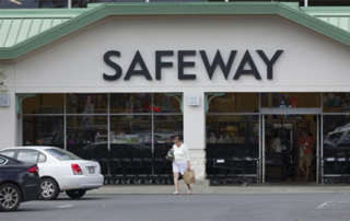 News-New Safeway in Old Sports Authority Space - 600x345