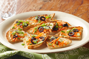 ATHENOS HUMMUS AND VEGETABLE PITA TOASTS